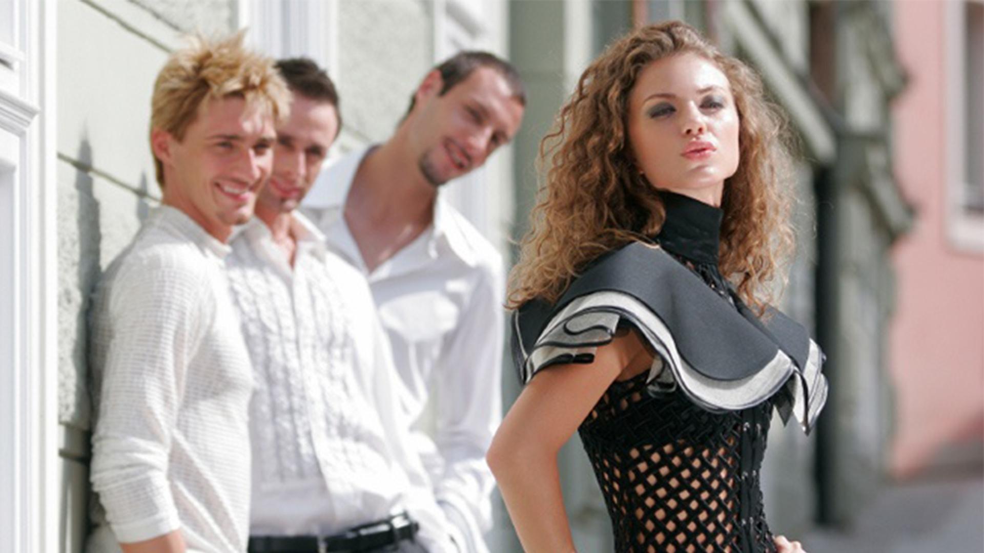 почему мужчины избегают красивых женщин
