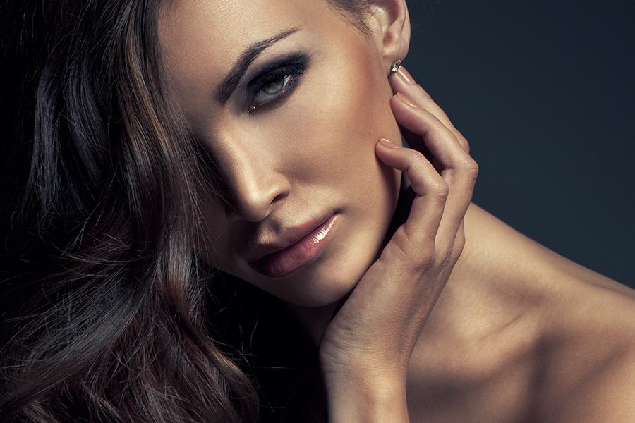 Почему мужчины избегают красивых женщин?